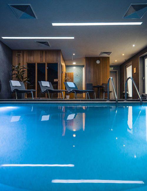 Tvroba fotografie bazénu v hotely Mikádo v Nitre